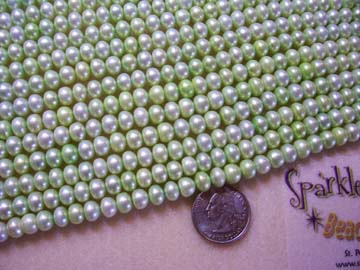 FW PEARL Lt LIME GREEN Button 8mm